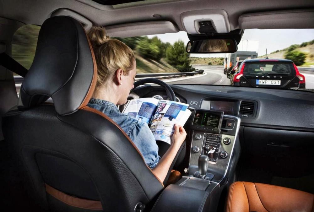 Carro sem motorista ganhará as ruas até 2035