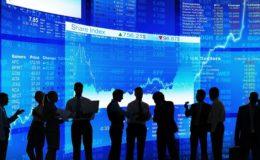 Exportar e atrair investimentos para reagir.