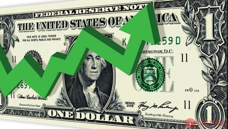 Analistas não descartam dólar perto de R$ 5 diante de incerteza eleitoral.